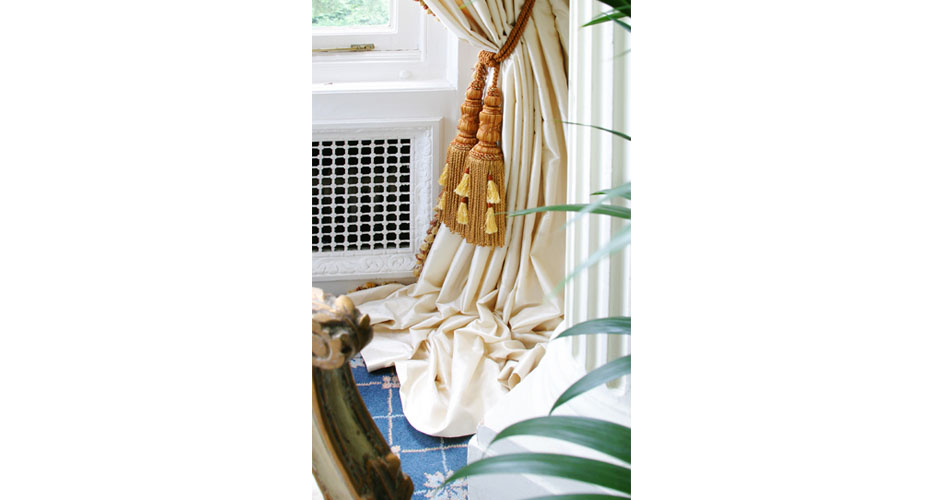 Gold curtain ties