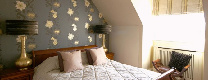 Bedroom by Country Knole interior designers in Somerset